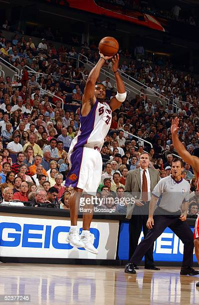 Jim Jackson of the Phoenix Suns shoots against the Houston Rockets on March 11, 2005 at America West Arena in Phoenix, Arizona. NOTE TO USER: User...