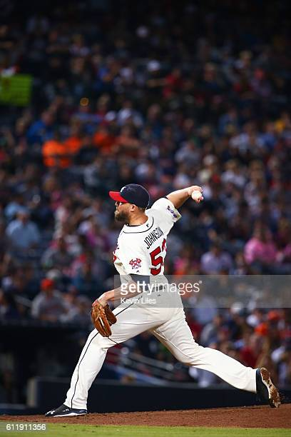 Jim Johnson of the Atlanta Braves pitches against the Detroit Tigers during the ninth inning at Turner Field on October 1 2016 in Atlanta Georgia The...
