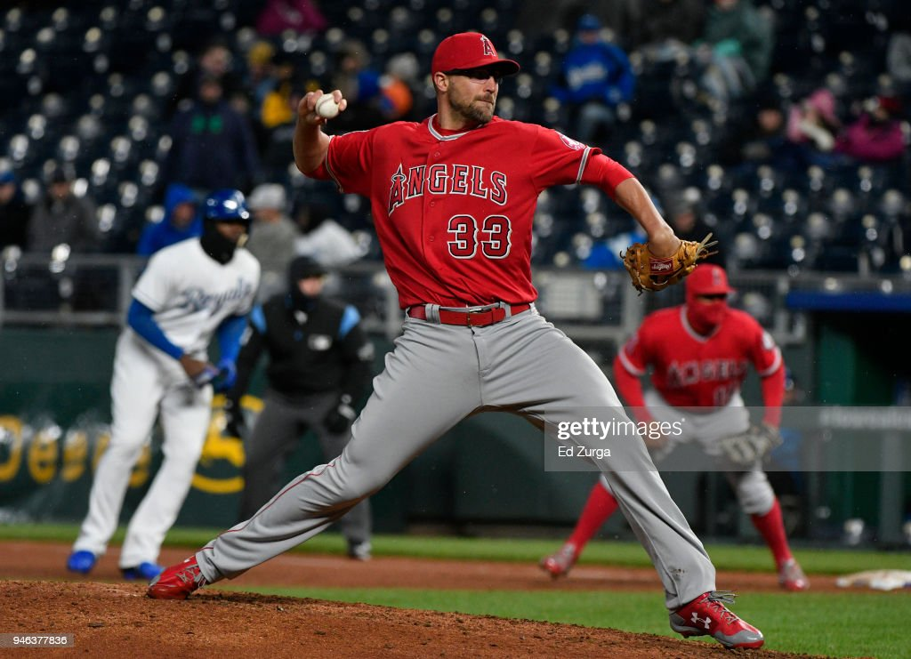 Jim Johnson #33 of the Los Angeles Angels of Anaheim throws in the seventh inning against the Kansas City Royals at Kauffman Stadium on April 14, 2018 in Kansas City, Missouri.