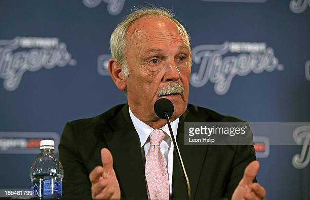Jim Leyland speaks during a press conference to announce his retirement as manager of the Detroit Tigers at Comerica Park on October 21 2013 in...