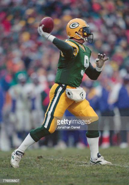 Jim McMahon Quarterback for the Green Bay Packers throws the ball on a downfield play during the National Football Conference Central game against...