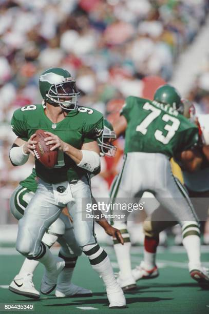 Jim McMahon Quarterback for the Philadelphia Eagles prepares to throw a pass during the National Football Conference East game against the San...