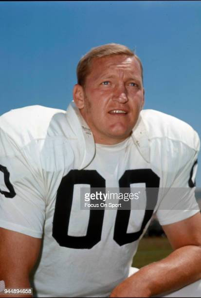 Jim Otto of the Oakland Raiders of the NFL poses for this photo circa 1969 Otto played for the Raiders from 196074 Jim Otto