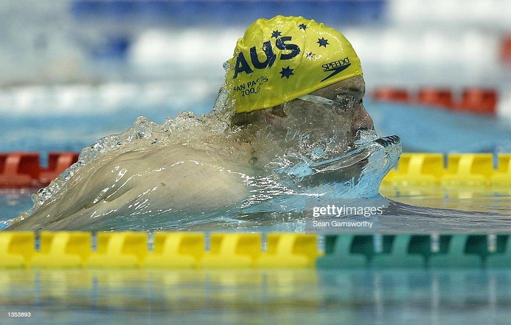 Jim Piper from Australia swimming : News Photo