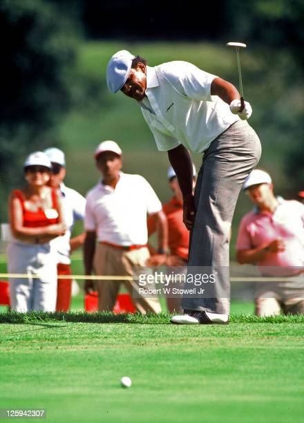 Jim Thorpe watches his putt during the Canon Greater Hartford Open held in Cromwell CT 1992