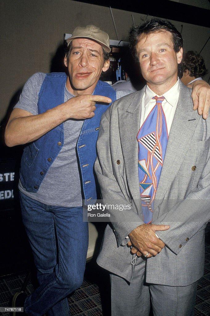 ShoWest '87 : News Photo