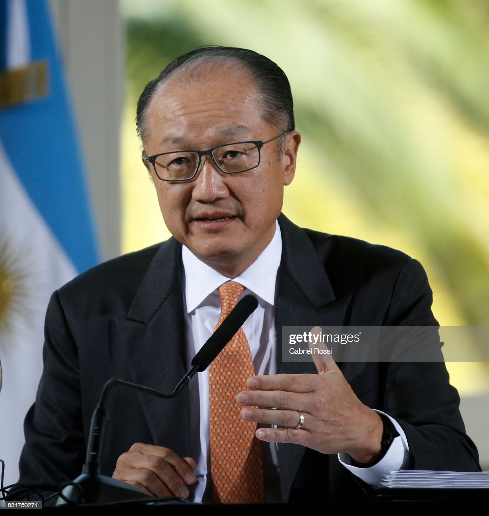 Jim Yong Kim President of The World Bank speaks during a press conference as part of the official visit of Jim Yong Kim President of The World Bank at Olivos Residence on August 17, 2017 in Olivos, Argentina.