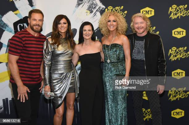 Jimi Westbrook Karen Fairchild of musical group Little Big Town Senior VP of Music Strategy at CMT Leslie Fram Kimberly Schlapman and Philip Sweet of...