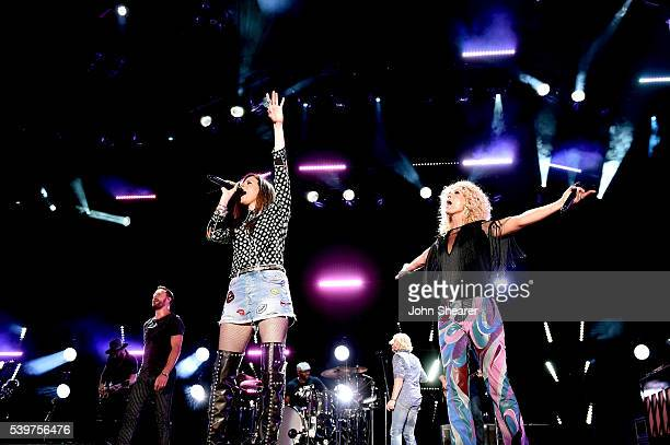 Jimi Westbrook Karen Fairchild Phillip Sweet and Kimberly Schlapman of Little Big Town perform onstage during 2016 CMA Festival Day 4 at Nissan...