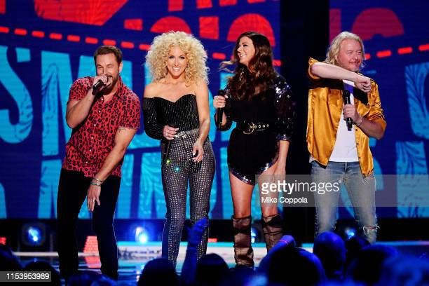 Jimi Westbrook Kimberly Schlapman Karen Fairchild and Phillip Sweet of musical group Little Big Town perform at the 2019 CMT Music Awards at...