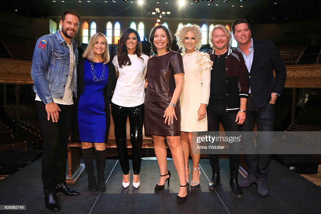 Jimi Westbrook of Little Big Town, Mayor Megan Barry, Karen Fairchild of Little Big Town, Ryman Auditorium general manager Sally Williams, Kimberly Schlapman and Philip Sweet of Little Big Town attend Little Big Town Press Conference at the Ryman Auditorium on November 1, 2016 in Nashville, Tennessee.