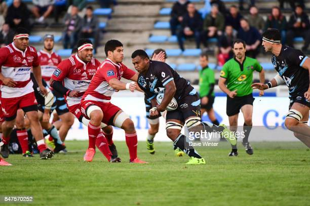Jimilai Naikadawa of Massy takes on Filimo Taofifenua of Dax during the French Pro D2 match between Massy and Dax on September 15 2017 in Massy France
