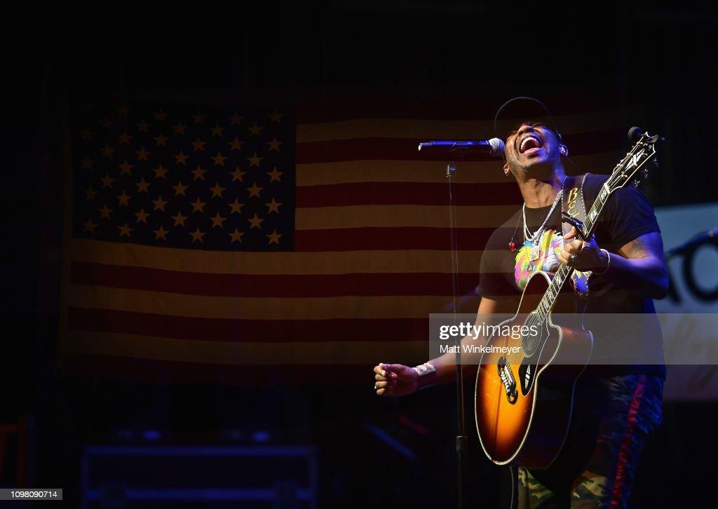 ACM Lifting Lives Presents: Borderline Strong Concert : News Photo
