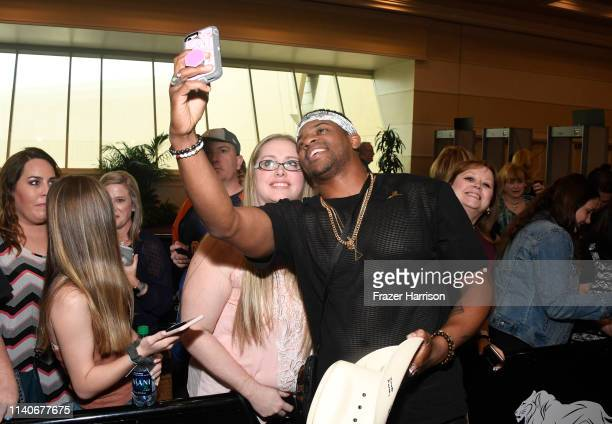 Jimmie Allen takes a selfie with fans during the 54th Academy Of Country Music Awards Cumulus/Westwood One Radio Remotes on April 05 2019 in Las...