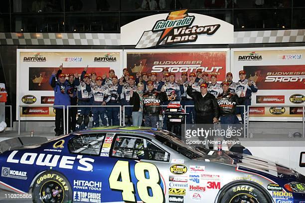 NASCAR Jimmie Johnson crew Budweiser Shootout at Daytona International Speedway Saturday February 12 2005