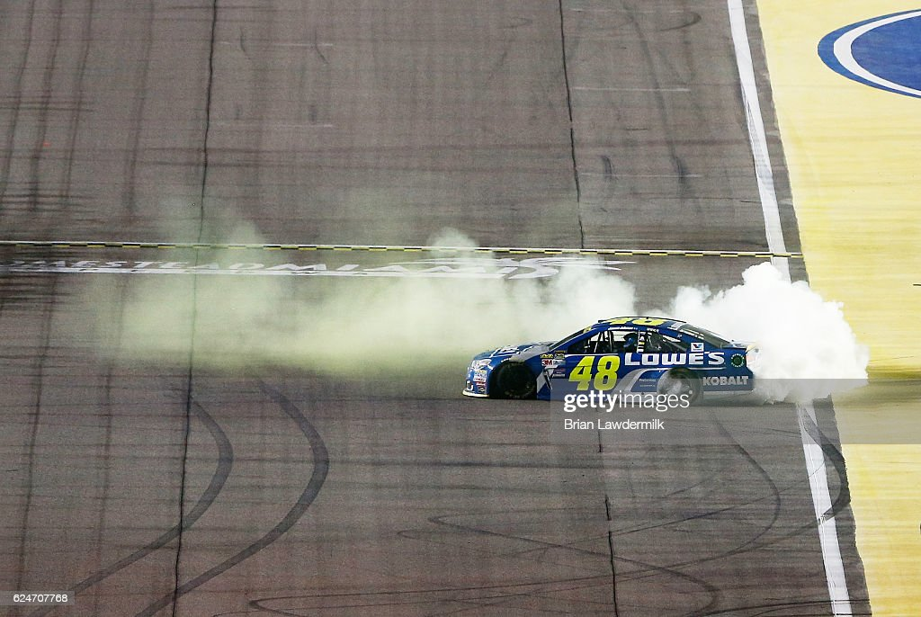 NASCAR Sprint Cup Series Ford EcoBoost 400 : Photo d'actualité