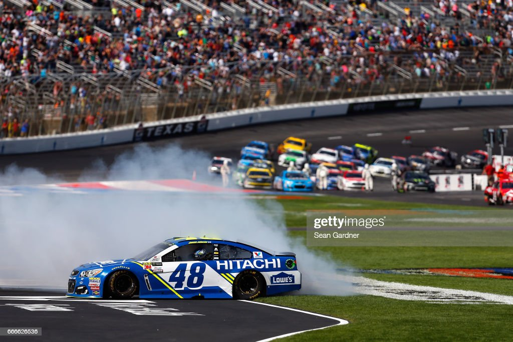 Monster Energy NASCAR Cup Series O'Reilly Auto Parts 500 : News Photo