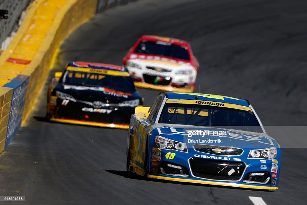 NASCAR Sprint Cup Series Bank of America 500 : News Photo