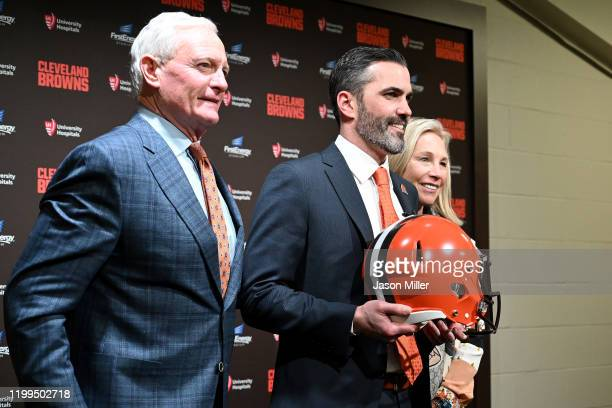 Jimmy and Dee Haslam owners of the Cleveland Browns pose for a photo with Kevin Stefanski after introducing Stefanski as the Browns new head coach on...