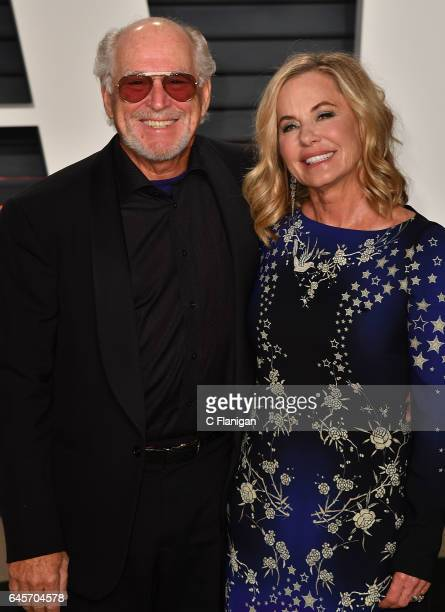 Jimmy Buffet and Jane Slagsvol attend the 2017 Vanity Fair Oscar Party Hosted by Graydon Carter at the Wallis Annenberg Center for the Performing...