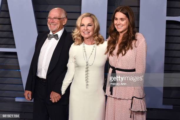 Jimmy Buffett Jane Slagsvol and Sarah Buffett attend 2018 Vanity Fair Oscar Party Hosted By Radhika Jones Arrivals at Wallis Annenberg Center for the...