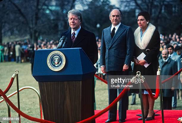 Jimmy Carter United States President Jimmy Carter with visiting Mexican president Lopez Portillo and his wife Carmen Romano, at the White House,...