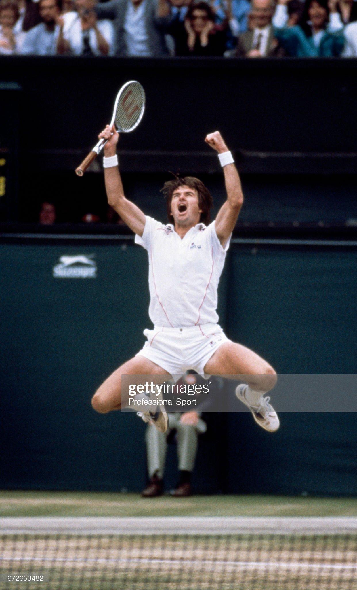 Jimmy Connors Wins 1982 Wimbledon Championships : News Photo
