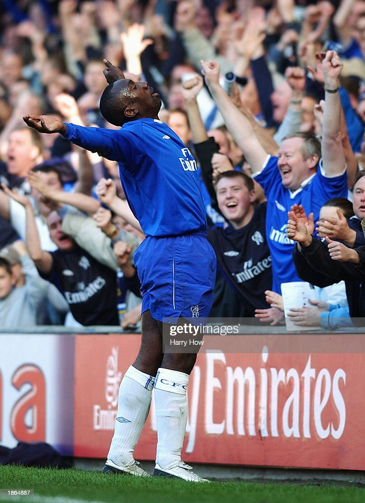 Hasslebaink celebrates the first goal : News Photo