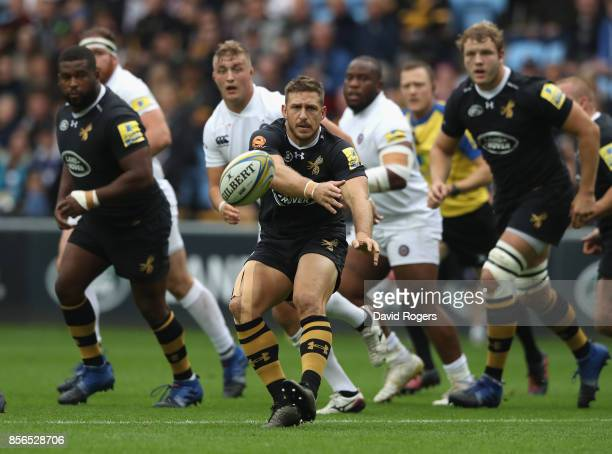 Jimmy Gopperth of Wasps passes the ball during the Aviva Premiership match between Wasps and Bath Rugby at The Ricoh Arena on October 1 2017 in...
