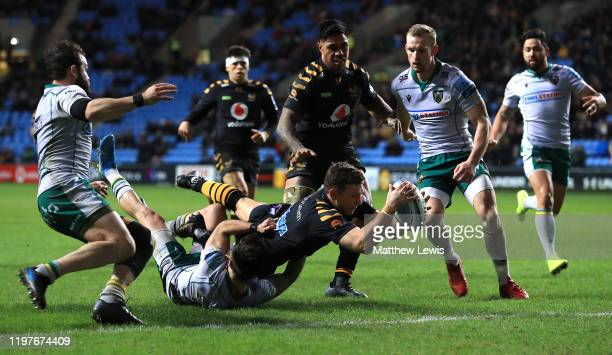 Jimmy Gopperth of Wasps scores a try during the Gallagher Premiership Rugby match between Wasps and Northampton Saints at on January 05, 2020 in...