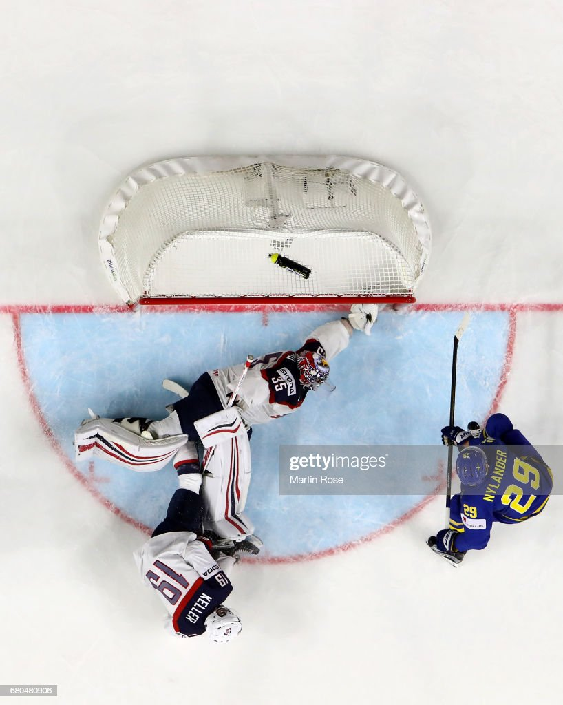 USA v Sweden - 2017 IIHF Ice Hockey World Championship : News Photo