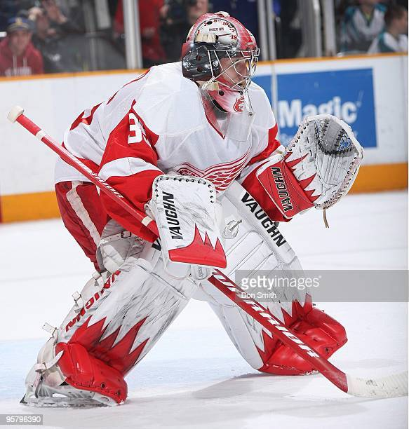 Jimmy Howard of the Detroit Red Wings in net during an NHL game against the San Jose Sharks on January 9, 2010 at HP Pavilion at San Jose in San...
