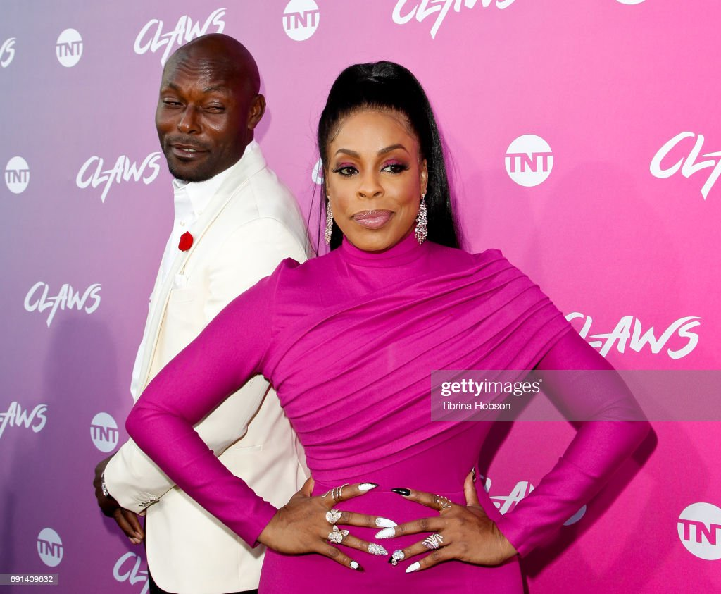 Jimmy Jean-Louis and Niecy Nash attend the premiere of TNT's 'Claws' at Harmony Gold Theatre on June 1, 2017 in Los Angeles, California.