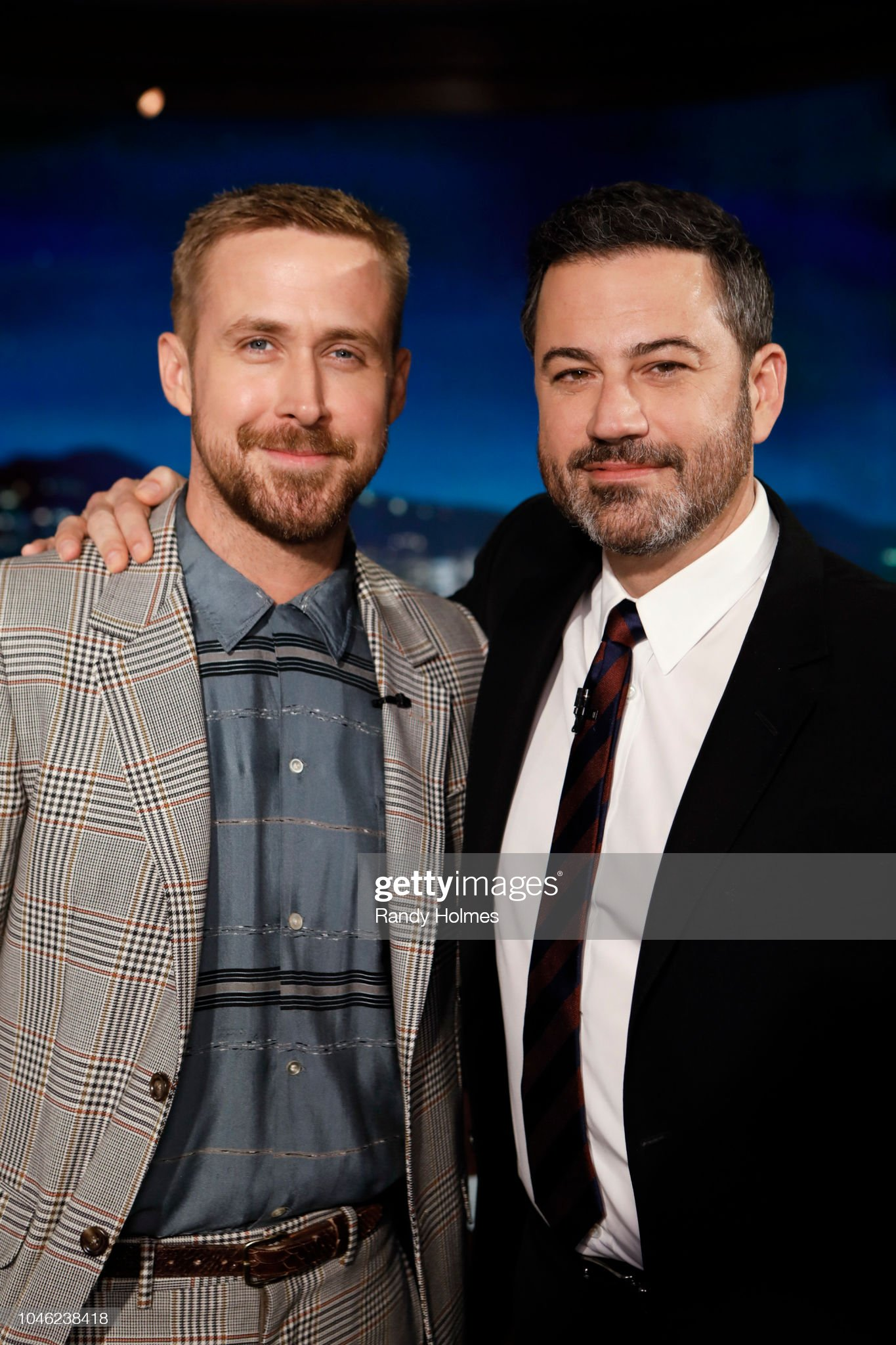 ¿Cuánto mide Ryan Gosling? - Altura - Real height Jimmy-kimmel-live-airs-every-weeknight-at-1135-pm-edt-and-features-a-picture-id1046238418?s=2048x2048