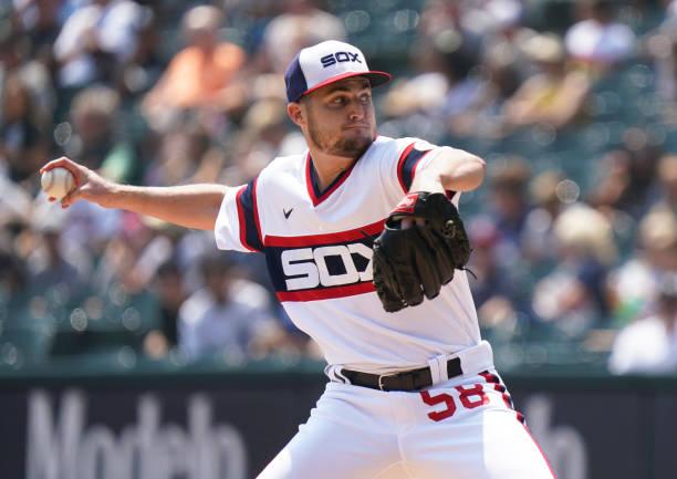 IL: Cleveland Indians v Chicago White Sox