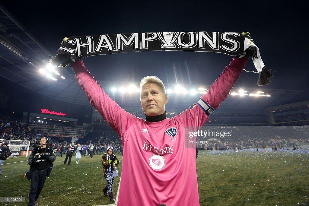 2013 MLS Cup-Real Salt Lake v Sporting Kansas City : News Photo
