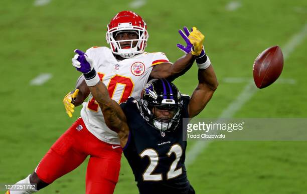 Jimmy Smith of the Baltimore Ravens defends the pass against Tyreek Hill of the Kansas City Chiefs at M&T Bank Stadium on September 28, 2020 in...