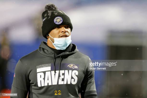 Jimmy Smith of the Baltimore Ravens walks off the field prior to an AFC Divisional Playoff game against the Buffalo Bills at Bills Stadium on January...