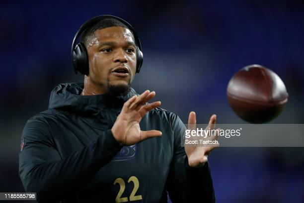 Jimmy Smith of the Baltimore Ravens warms up before the game against the New England Patriots at M&T Bank Stadium on November 3, 2019 in Baltimore,...