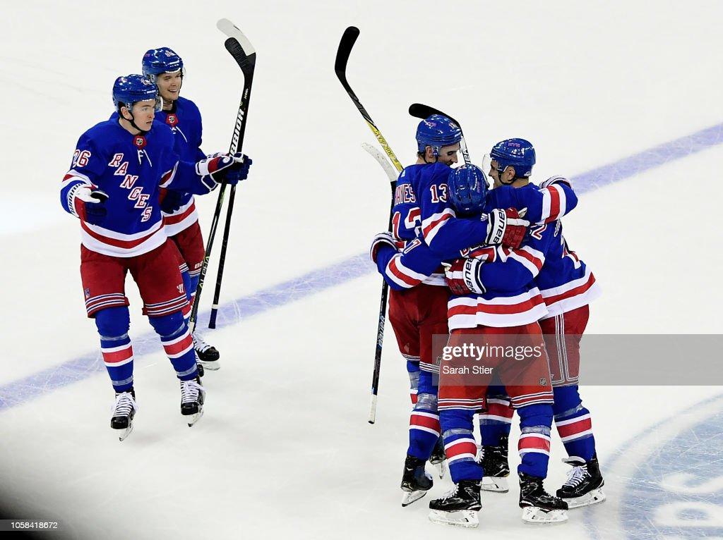 Montreal Canadiens v New York Rangers : ニュース写真