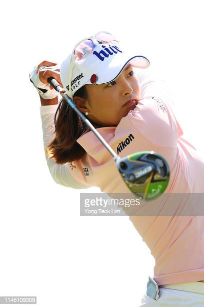 Jin Young Ko of South Korea plays her shot from the ninth tee during round one of the HUGELAIR PREMIA LA Open at Wilshire Country Club on April 25...