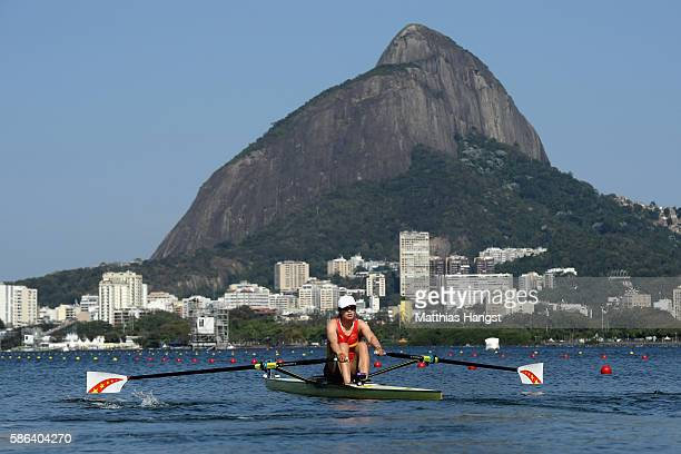 Jingli Duan of China competes during the Women's Single Sculls Heat 4 on Day 1 of the Rio 2016 Olympic Games at the Lagoa Stadium on August 6 2016 in...