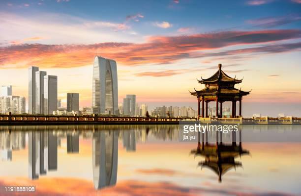 jinji lake tourist area, suzhou, jiangsu province, china. - suzhou stock pictures, royalty-free photos & images