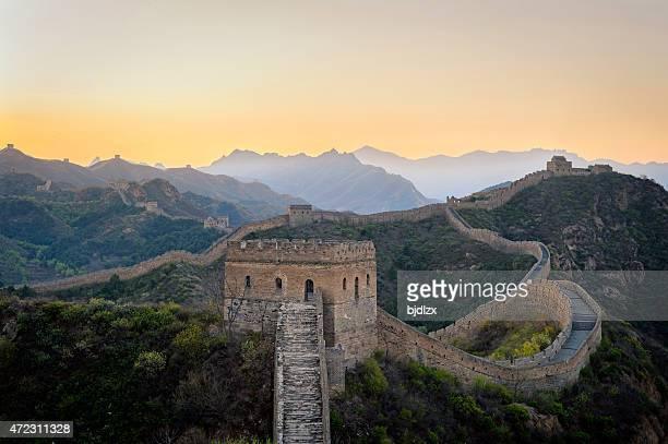 Jinshanling Grande Muraille sous l'aube