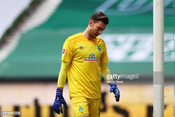 Jiri Pavlenka of SV Werder Bremen reacts during the Bundesliga match between SV Werder Bremen and Bayer 04 Leverkusen at Wohninvest Weserstadion on...