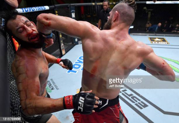 Jiri Prochazka of the Czech Republic knocks out Dominick Reyes in a light heavyweight bout during the UFC Fight Night event at UFC APEX on May 01,...