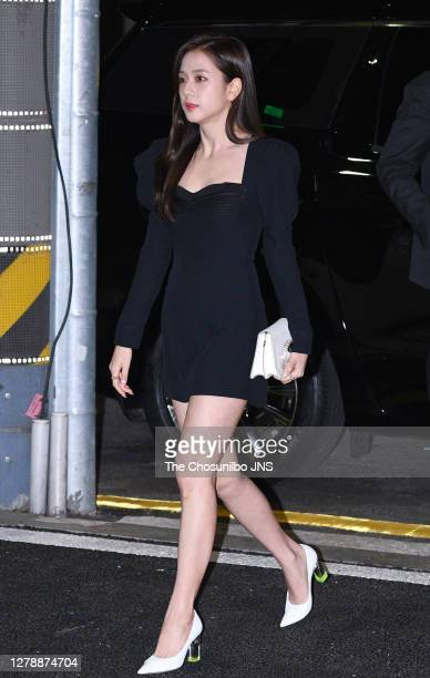 Jisoo of BLACKPINK attends the photocall for JIMMY CHOO at Dress Garden on January 09, 2020 in Seoul, South Korea.
