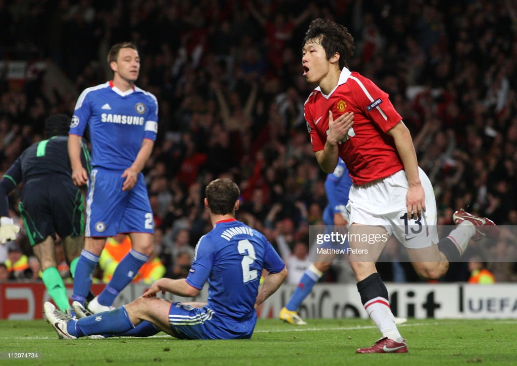 Manchester United v Chelsea - UEFA Champions League Quarter Final