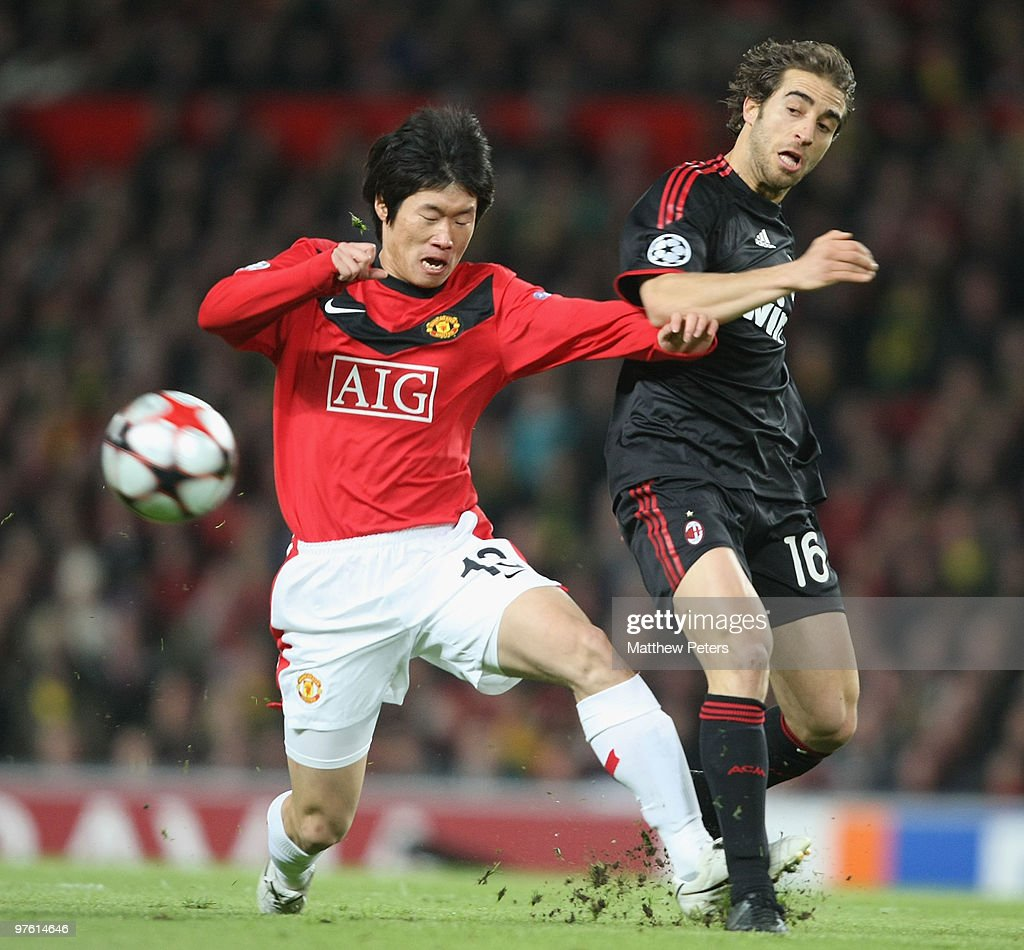 Manchester United v AC Milan - UEFA Champions League