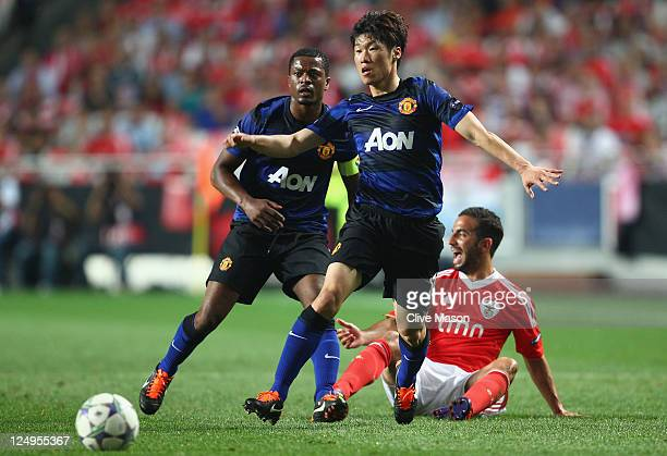 JiSung Park of Manchester United in action during the UEFA Champions League Group C match between SL Benfica and Manchester United at the Estadio da...